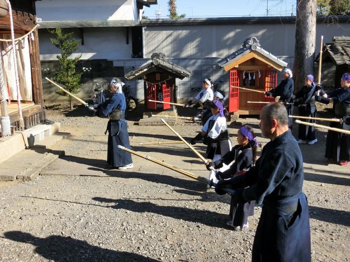 土屋氷川神社奉納稽古1